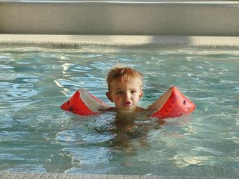 Chlapeček ve vodě